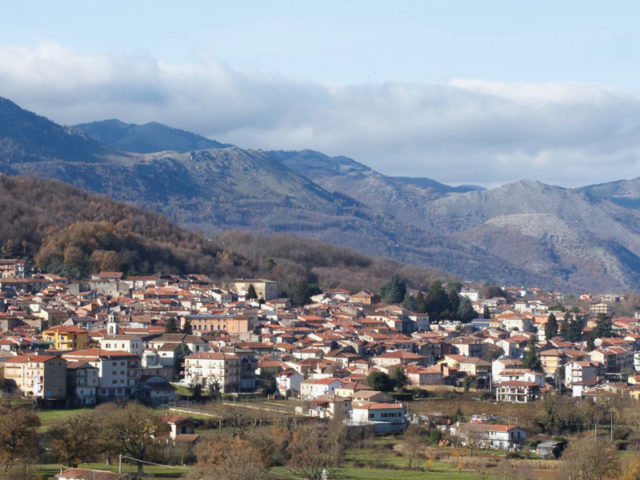 https://www.cuorebasilicata.it/wp-content/uploads/2018/11/tramutola-1-640x480.jpg