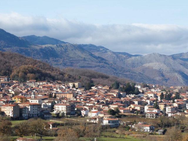 http://www.cuorebasilicata.it/wp-content/uploads/2018/11/tramutola-1-640x480.jpg