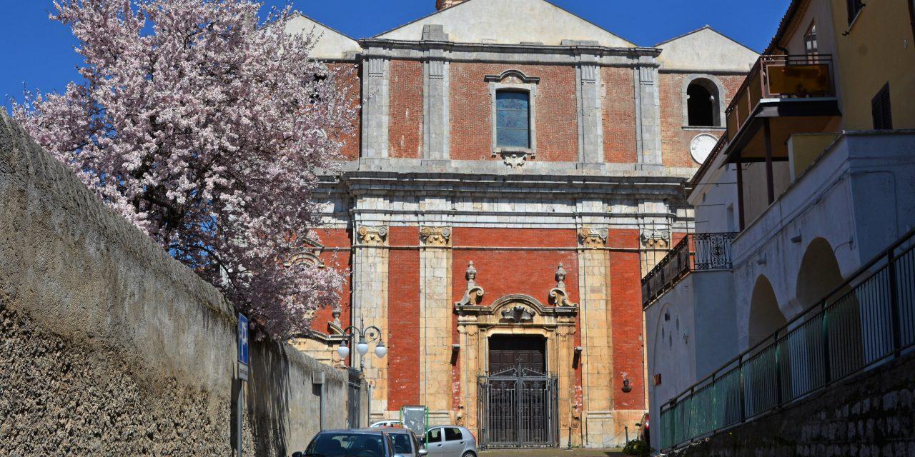 https://www.cuorebasilicata.it/wp-content/uploads/2019/01/Fotogallery-03-Chiesa-madre-santa-maria-assunta-Moliterno-DIC_6691-1280x640.jpg