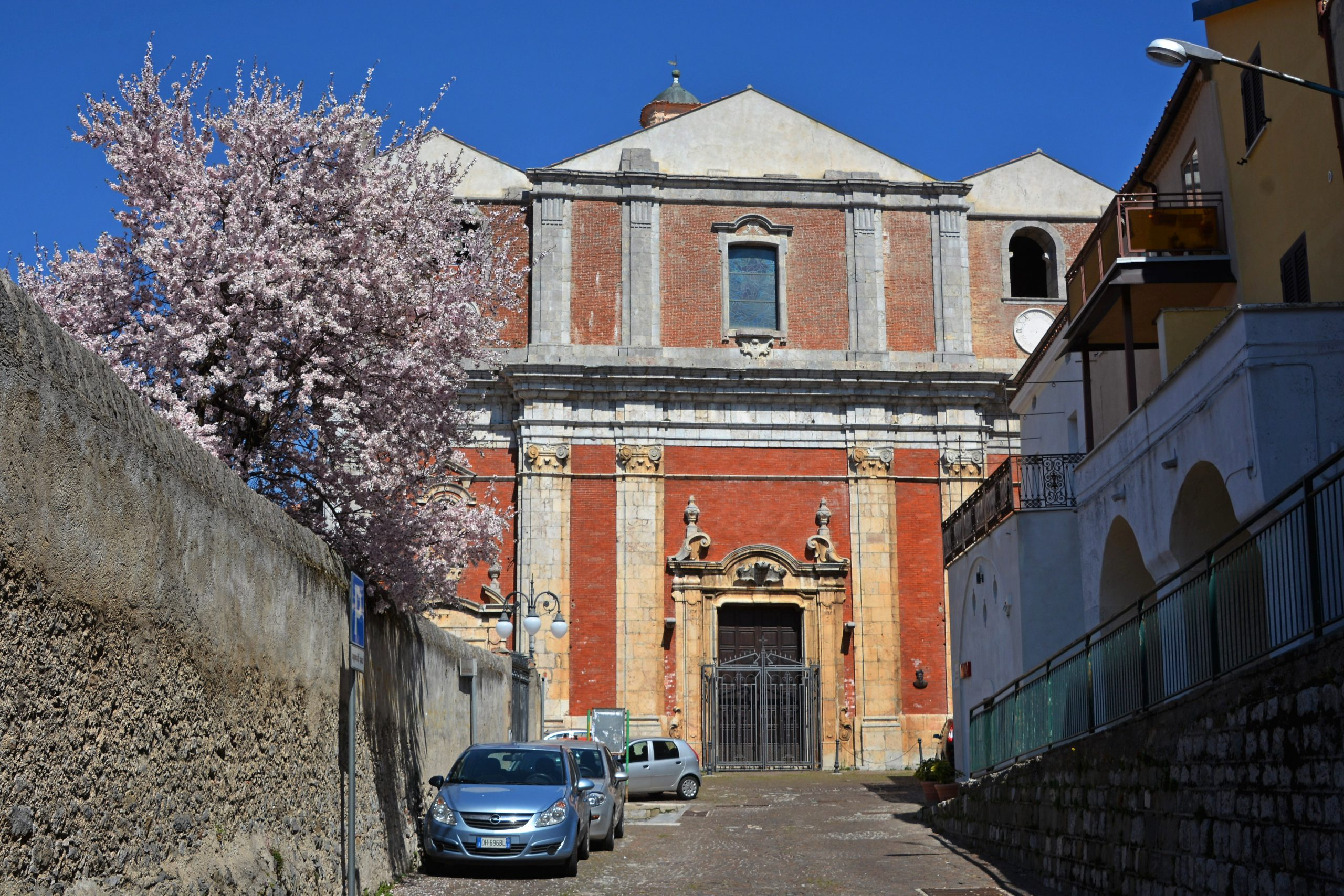 https://www.cuorebasilicata.it/wp-content/uploads/2019/01/Fotogallery-03-Chiesa-madre-santa-maria-assunta-Moliterno-DIC_6691-scaled.jpg