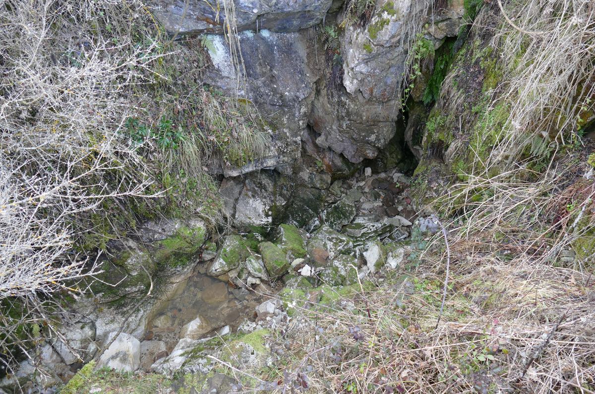 Grotta di Castel di Lepre