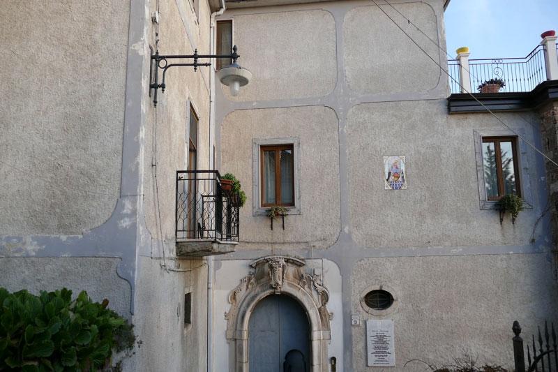 https://www.cuorebasilicata.it/wp-content/uploads/2019/01/palazzi_nobiliari.jpg