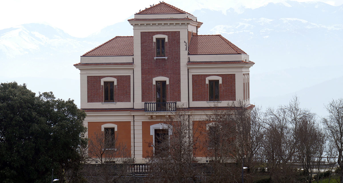 https://www.cuorebasilicata.it/wp-content/uploads/2019/02/villa-del-marchese-1200x640.jpg