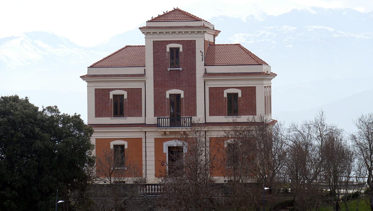 Villa del Marchese di Sanfelice (arpa viggianese)